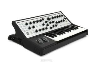 synthesizer kopen Moog Sub Phatty