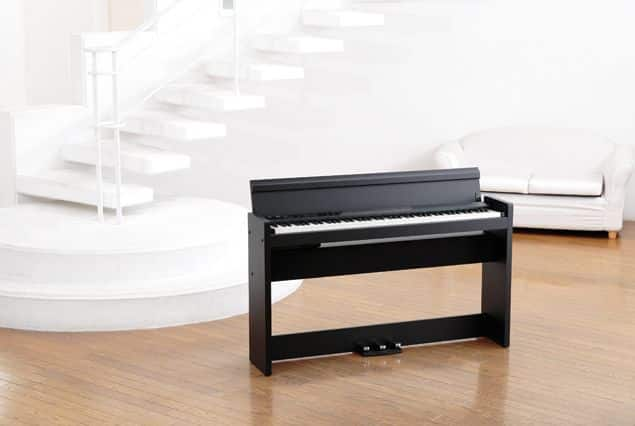 piano Korg LP380 review
