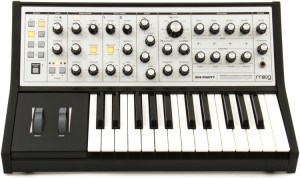Moog Sub Phatty review synthesizer