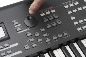Yamaha MOXF review Synthesizer Workstation bedieningspaneel