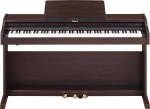 roland HP 506 piano