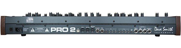 Dave Smith Instruments Pro 2 achterkant synthesizer