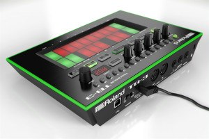 Roland TB-3 Review Touch Bassline achterkant