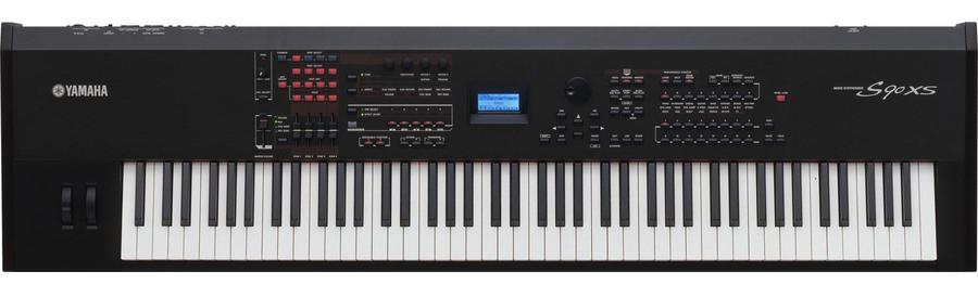 Beste Yamaha S90XS Review