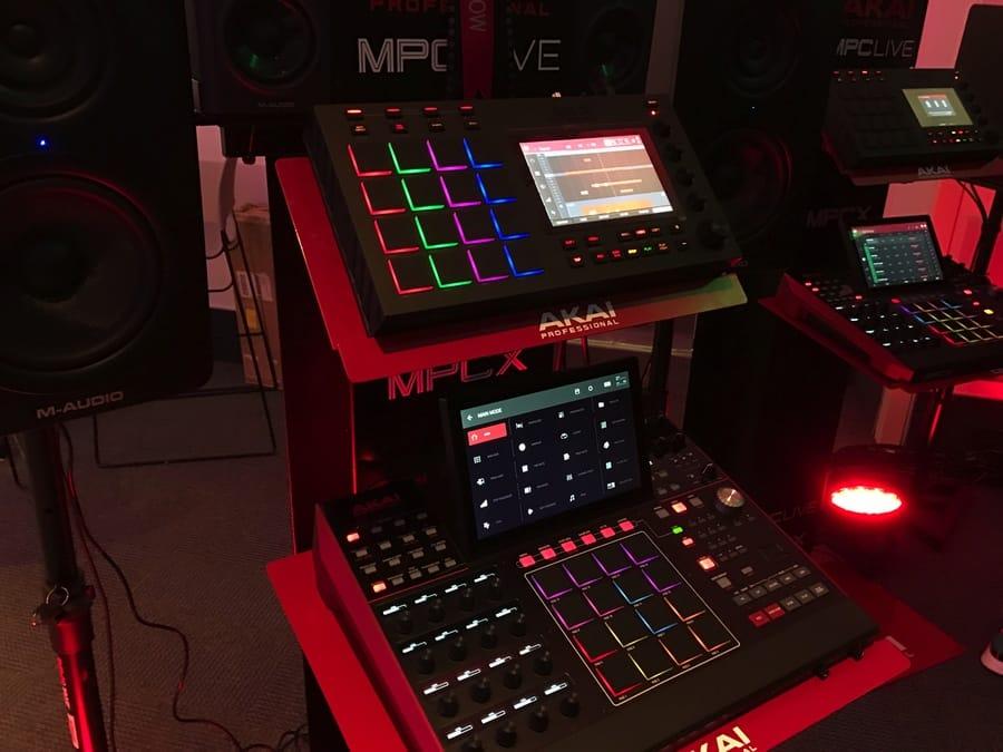 Goedkope Akai MPC Live Review