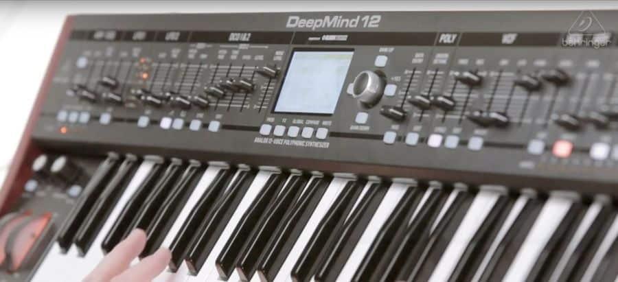 Goedkope Behringer DeepMind 12 Review