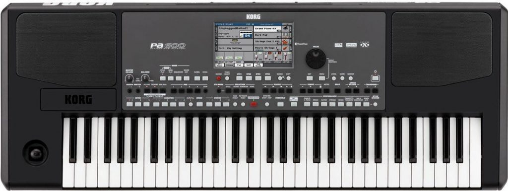 Arranger keyboard Korg PA600 review