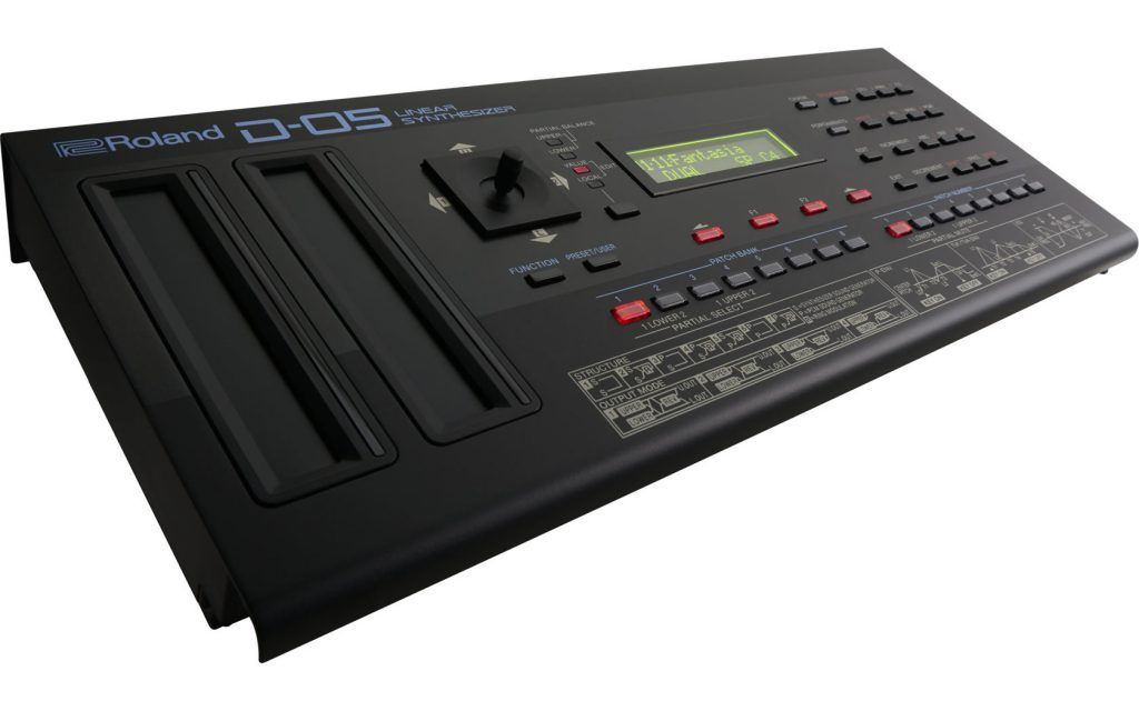 Roland D-05 synthesizer piano