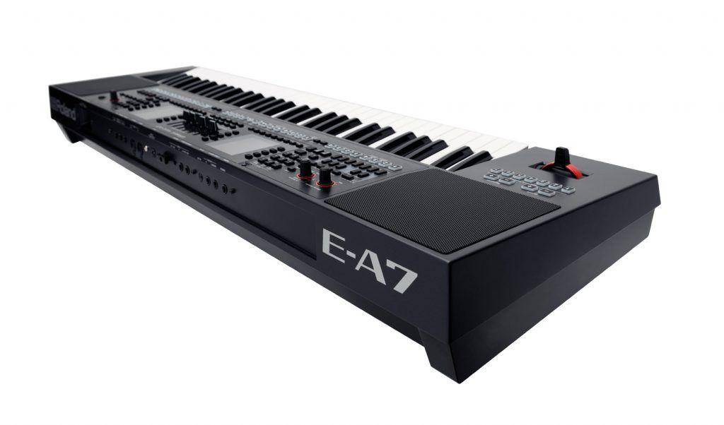 keyboard Roland E-A7 review achterkant