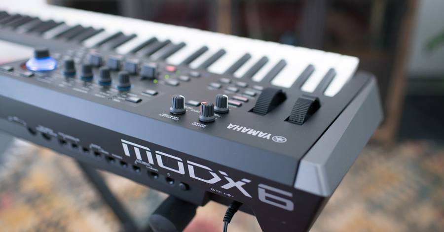 Yamaha MODX6 Review