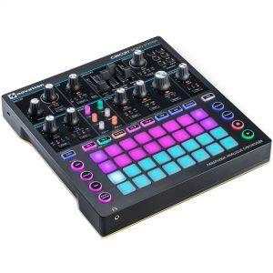 Novation Circuit Mono Station parafonische analoge synthesizer
