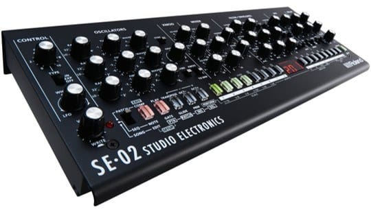 roland boutique se-02 review studio electronics analoge synthesizermodule