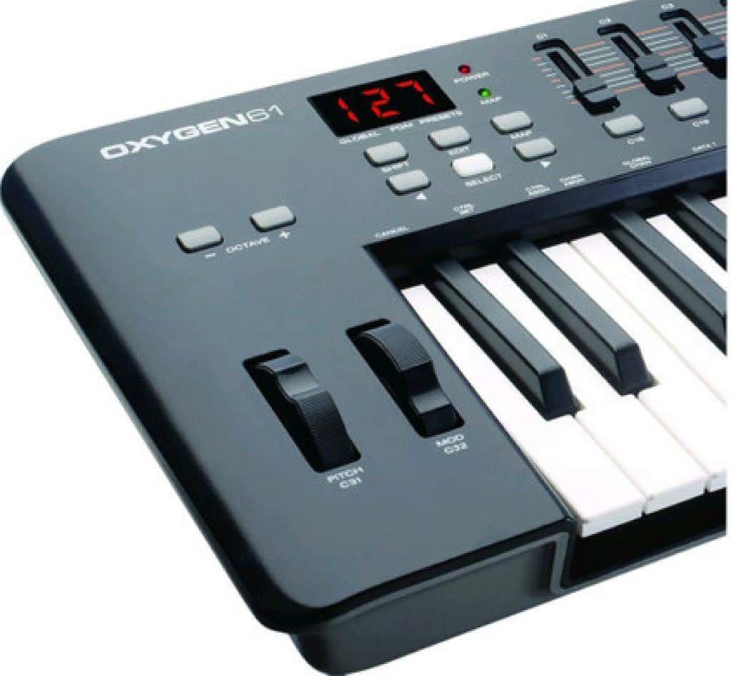 synthesizer m-audio oxygen 61 mk4 review midi kopen