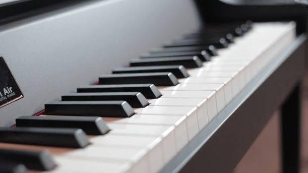 review korg g1 air digitale piano kopen