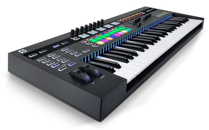 beste digitale piano Novation 49SL MK3 USB MIDI keyboard