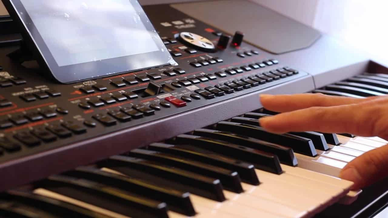 Korg PA1000 Review bediening