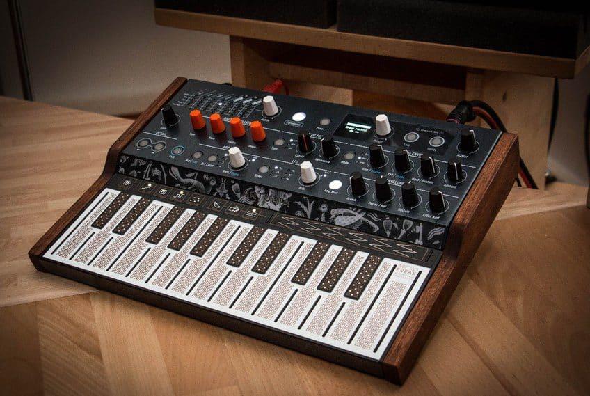 synthesizer kopen klein en krachtig