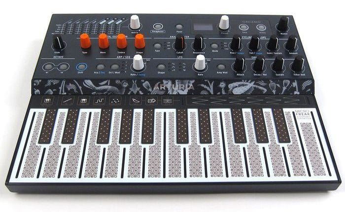 voorkant arturia microfreak synthesizer